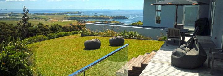 Accommodation with pool whangarei