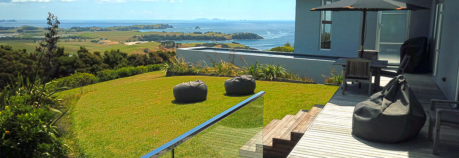 Accommodation with pool whangarei