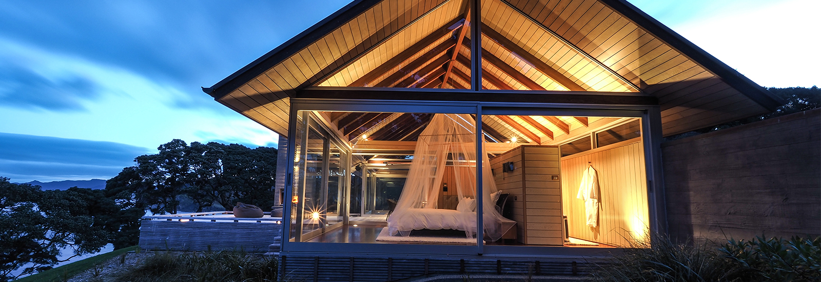 Glasshouse Luxury accommodation Whangarei Heads