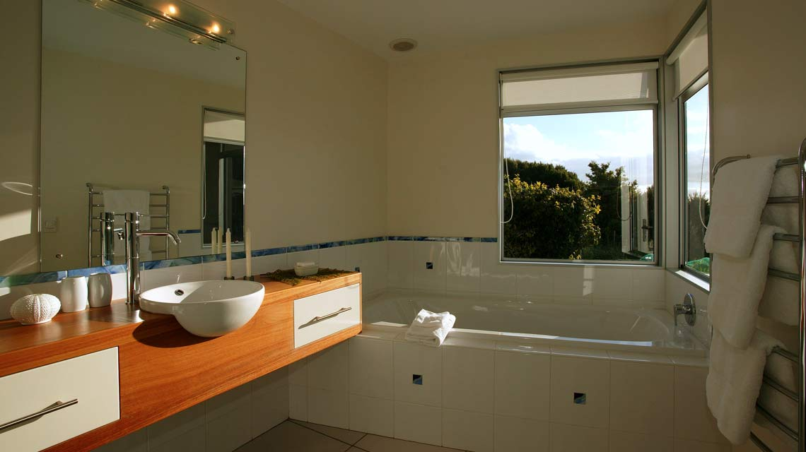 aria-bathroom-01-1140x640