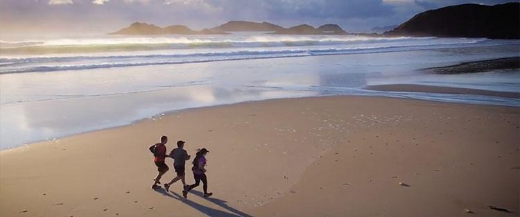 Multisport-ocean-beach-run