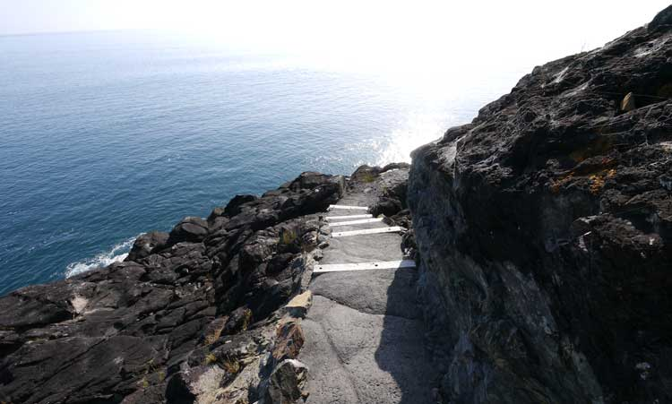 Pathway to the natural rock pool