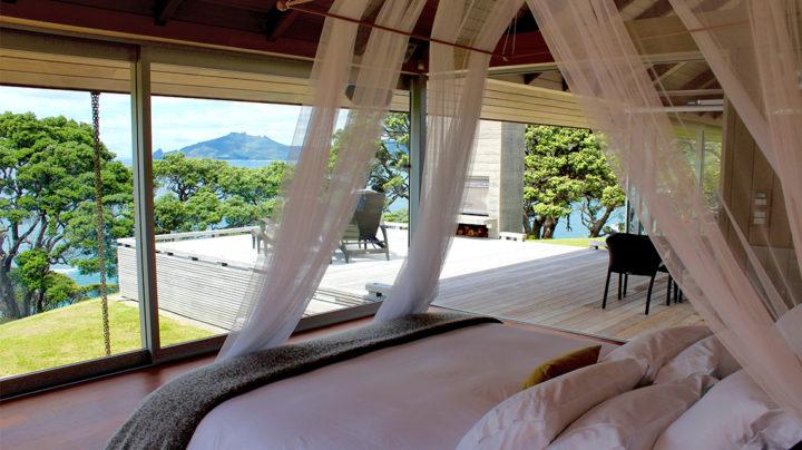 romantic bedroom accommodation Glasshouse Whangarei Heads Northland