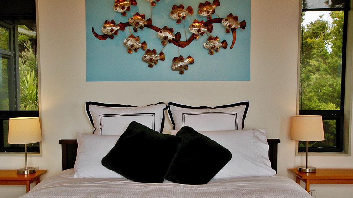 te-huia-master-bedroom
