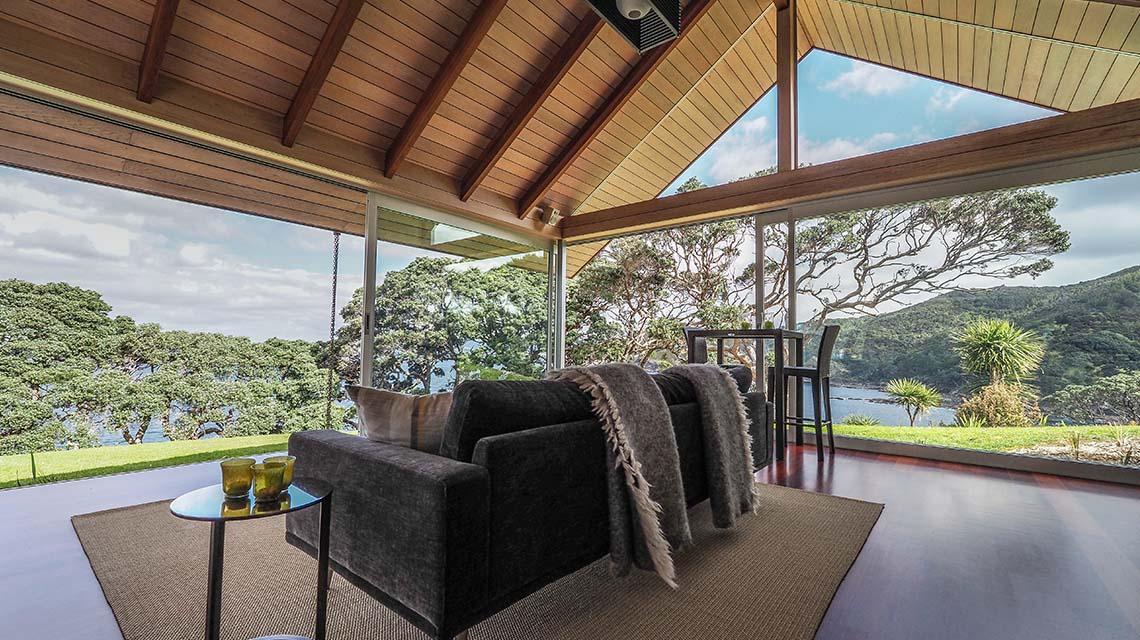 The Glasshouse - Ara Roa Unique Accommodation Whangarei