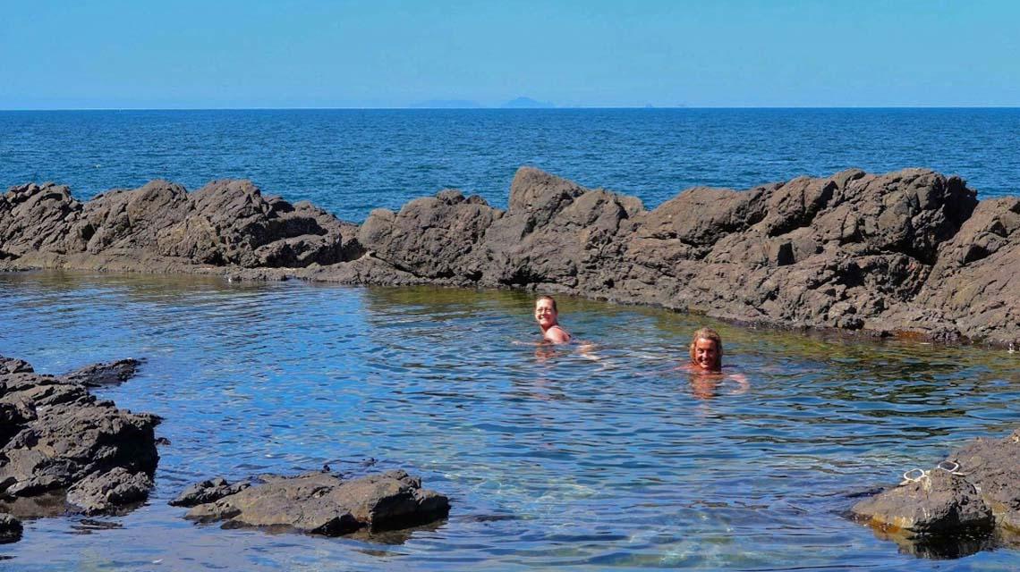 rock-pool-swim