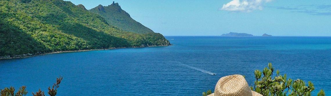 Smugglers Cove Busby Head walk
