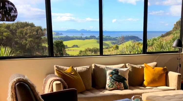 luxury holiday home with ocean views Whangarei